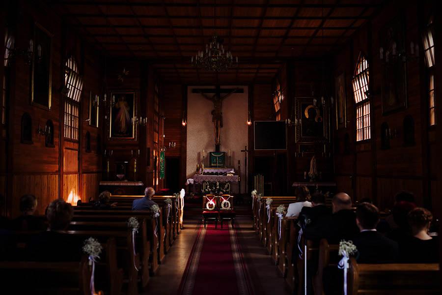 fotografia ślubna kościół